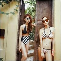 Bikini cạp cao khéo che bụng mỡ