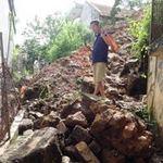 Tin tức trong ngày - Mưa lớn gây sạt lở, ngập lụt tại TP Hạ Long