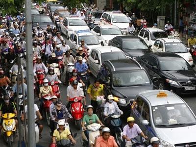 Hà Nội hướng dẫn thu phí đường bộ xe máy - 1