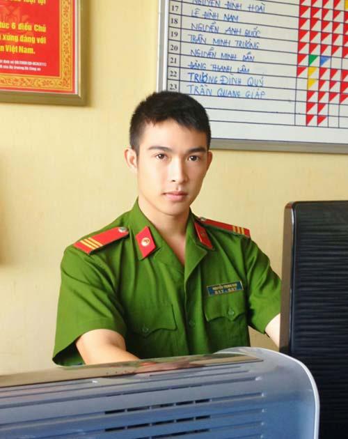 Chàng cảnh sát 9X điển trai - 2