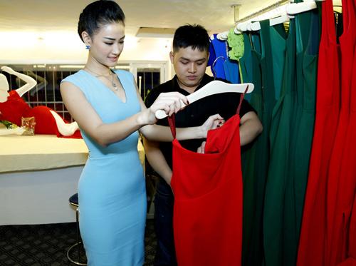 Phương Trinh mong manh với váy mỏng - 8