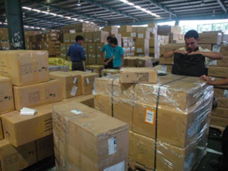 TPHCM: Chật vật chống buôn lậu vàng - 1