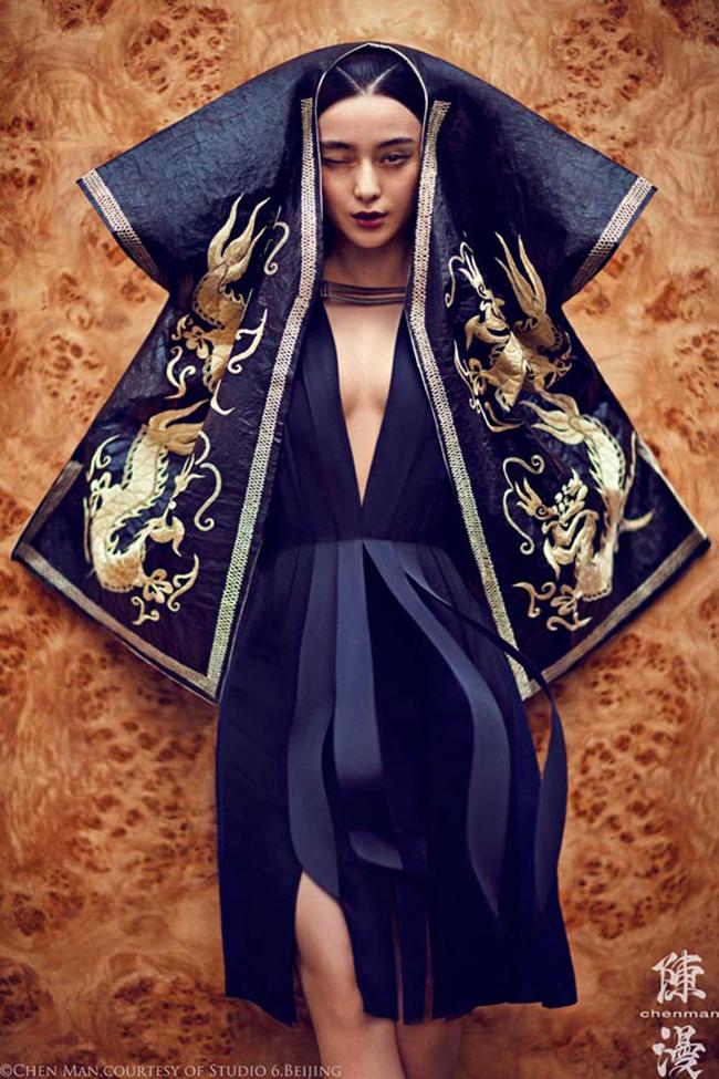 Dù không sở hữu nhiều vai diễn ấn tượng trên màn ảnh nhưng cô đã vươn lên trở thành một biểu tượng thời trang, biểu tượng nhan sắc của Châu Á