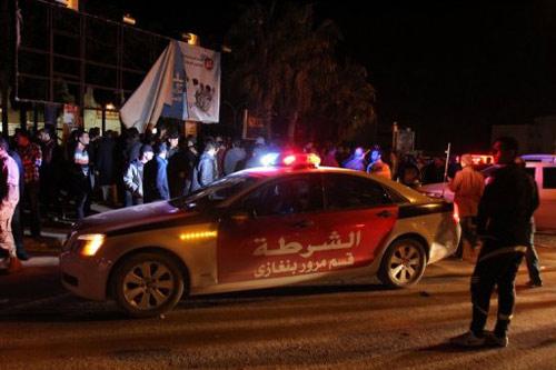 Libya: 1.200 tù nhân nổi loạn vượt ngục - 1