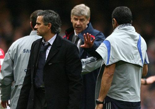 """Mou hứa không """"khẩu chiến"""" với Wenger - 1"""