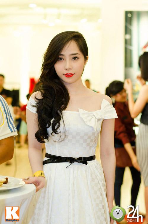 Hoa hậu Ngọc Hân xinh đẹp bất ngờ - 8