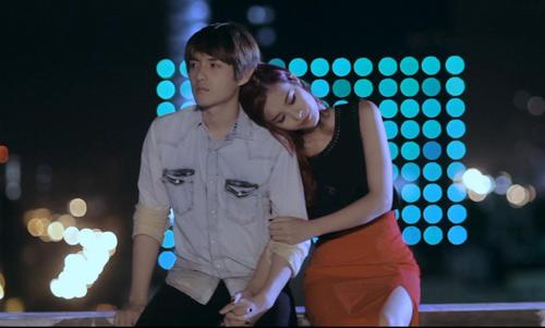 Đông Nhi, Ông Cao Thắng tung MV cặp, Ca nhạc - MTV, Dong Nhi, Ong Cao Thang, MV cap, Xoa, ta nen dung lai, cap doi, tinh nhan, ca sy, ca nhac vn, tin tuc