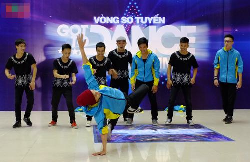67 tuổi vẫn thích thi nhảy, Ca nhạc - MTV, Got to dance, got to dance 2013, thi sinh, thi nhay, bellydance, vong so tuyen, giam khao, chuong trinh, tin tuc