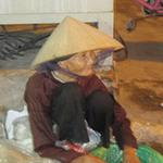 Bạn trẻ - Cuộc sống - Cụ bà bán chanh xôn xao cư dân mạng