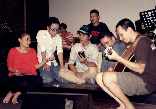 """Thu Minh tập luyện cho liveshow """"khủng"""", Ca nhạc - MTV, Thu Minh, liveshow, Dau an, tap luyen, mat moc, dem nhac, The Voice, Nathan Lee, ngoi sao, ca sy, ca nhac vn, tin tuc"""