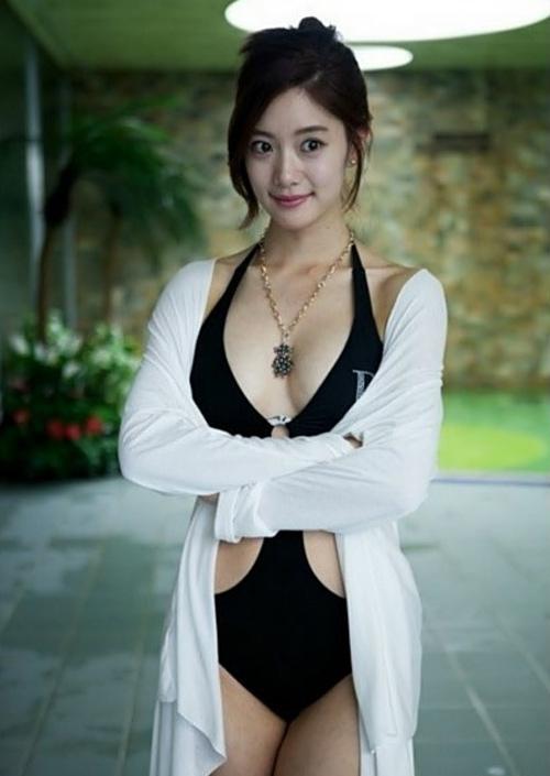 Người đẹp Hàn khóc òa vì bị chê phản cảm - 16