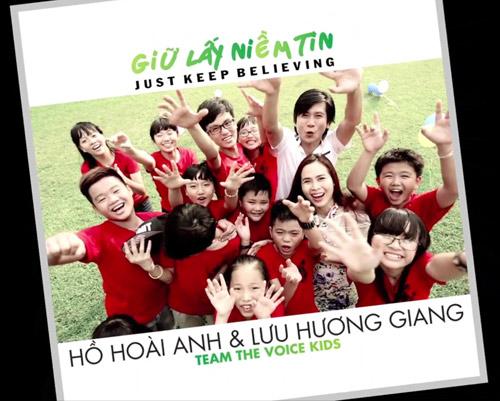 Vợ chồng Hồ Hoài Anh hát cùng thí sinh nhí - 1