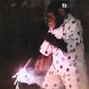 Cặp đôi hoàn cảnh: Khỉ đốt pháo sáng