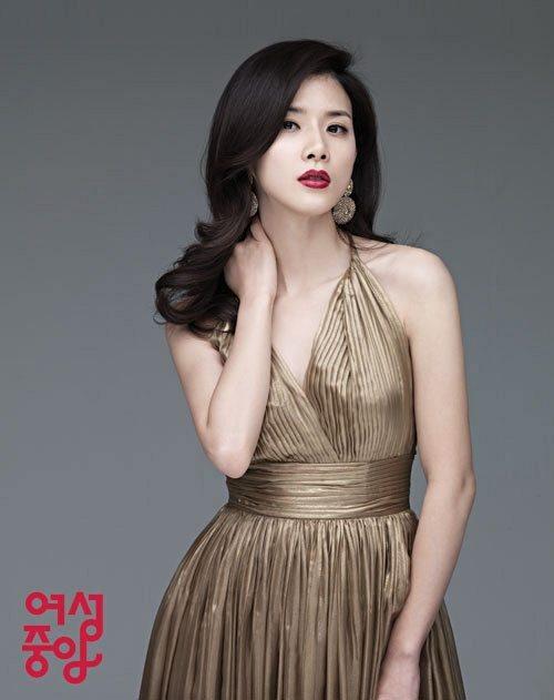 Lee Bo Young, Ji Sung tuyên bố kết hôn - 4