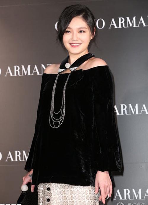 Diva Coco Lee khoe vòng 3 cong tròn - 9