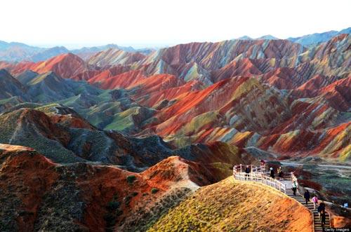 Sững sờ rặng núi lạ ở Trung Quốc - 12