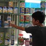 Thị trường - Tiêu dùng - Ồ ạt thu hồi sữa nhiễm khuẩn
