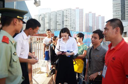 Hà Hồ duyên dáng tại Bắc Kinh, Ca nhạc - MTV, Ho Ngoc Ha, Ha Ho, dai dien VN, Bac Kinh, ngoi sao am nhac Chau A, su kien quoc te, ba me mot con, ngoi sao, ca nhac vn, tin tuc