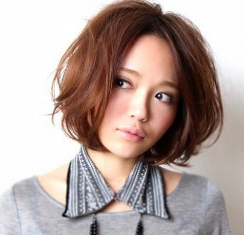 Kiểu tóc ngắn xinh xắn cho nàng mặt bầu - 11