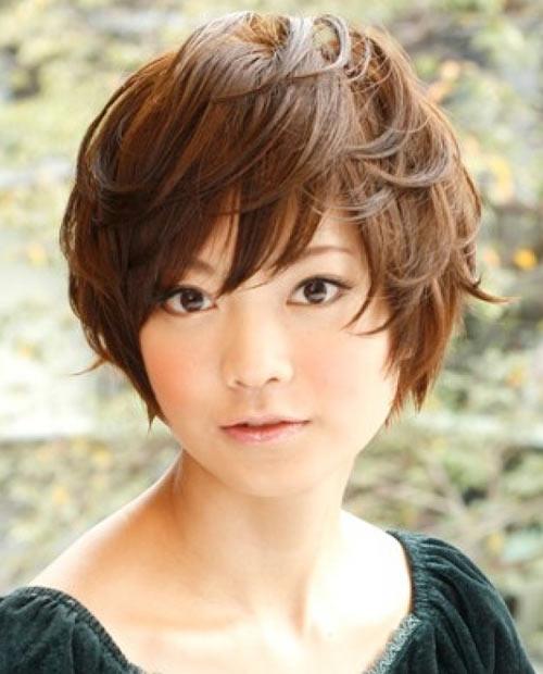 Kiểu tóc ngắn xinh xắn cho nàng mặt bầu - 6