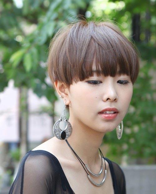 Kiểu tóc ngắn xinh xắn cho nàng mặt bầu - 8