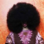 Phi thường - kỳ quặc - Người có mái tóc xoăn nhất thế giới