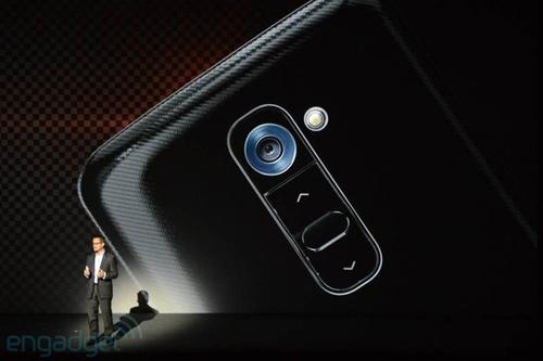 LG G2 công bố: Hàng khủng làng smartphone - 3