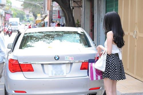 Choáng với quà tặng tiền tỷ của sao Việt, Ca nhạc - MTV, thu minh, ha tang, andrea, thuy tien, vy oanh, xe tien ty, ngoi sao, bao ngoi sao, dien vien, phim, phim hay, phim hay nhat, phim moi, xem phim, hau truong phim