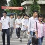 Tin tức trong ngày - Bộ GD công bố điểm sàn đại học, cao đẳng