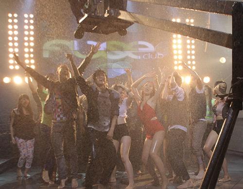 Đông Nhi gây choáng trong MV mới, Ca nhạc - MTV, dong nhi, i wanna dance, can mot ai do, ca sy, ngoi sao, ca nhac, mv moi