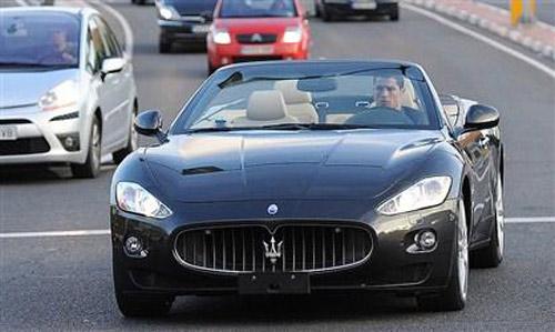 Bộ sưu tập xe 'khủng' của Ronaldo - 9