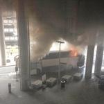 Tin tức trong ngày - Anh: Xe bus bốc cháy, sơ tán hàng nghìn người