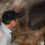 """Tin tức trong ngày - Quan tài cổ trong """"hang ma"""" tại Thái Nguyên"""