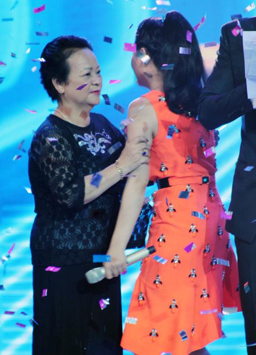"""""""Adele Việt Nam"""" đăng quang thuyết phục, Ca nhạc - MTV, Toi la nguoi chien thang, the winner is, hai chau, quoc thien, huy luan, dong thoi gian, cuoc thi ca hat, 101 giam khao, giam khao hoai linh, am nhac, ca nhac"""