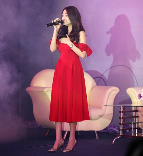 Bảo Anh buông lơi vai trần, Ca nhạc - MTV, Bao anh, the voice 2012, going hat viet 2012, mai thu huyen, aiphuong, cao my kim, ca sy, am nhac, ca nhac