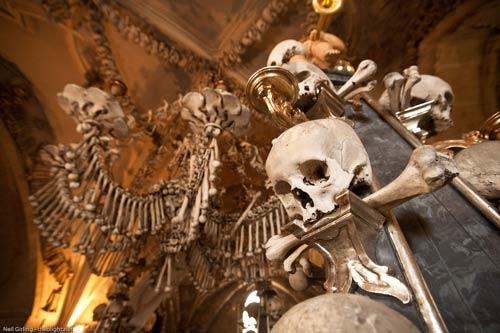 Rợn người nhà thờ bằng 70.000 bộ xương - 6