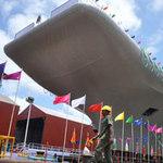 Tin tức trong ngày - Ấn Độ hạ thủy tàu sân bay tự chế đầu tiên