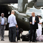 """Tin tức trong ngày - Mỹ: Máy bay chở """"đệ nhất chó"""" đi nghỉ mát"""