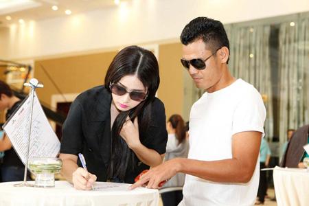 Phan Thanh Bình đưa vợ đi thi siêu mẫu - 2