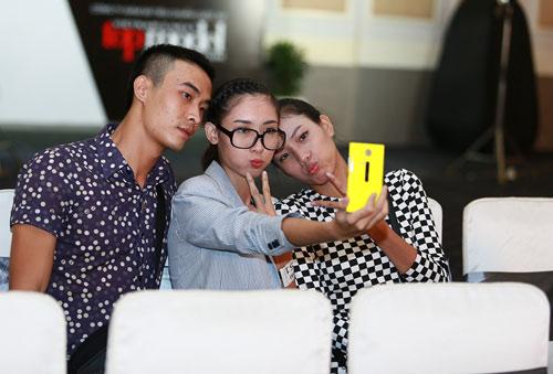 Mặt mộc thu hút của vợ Phan Thanh Bình - 6