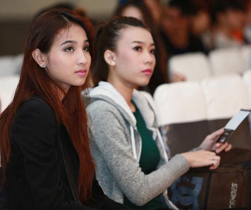 Mặt mộc thu hút của vợ Phan Thanh Bình - 4