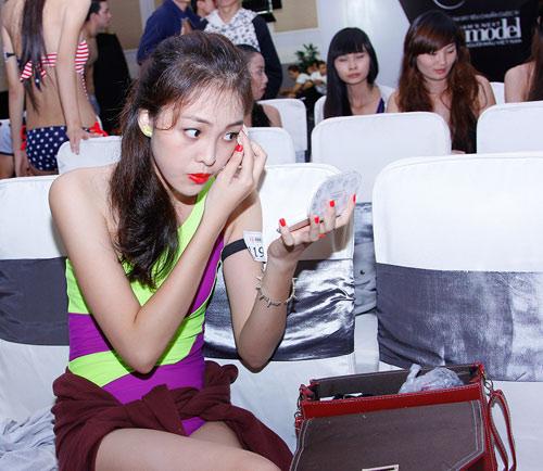 Mặt mộc thu hút của vợ Phan Thanh Bình - 7