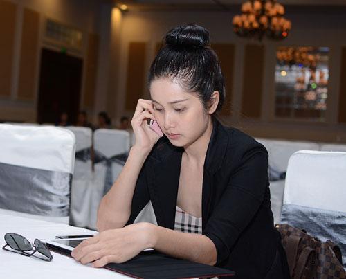 Mặt mộc thu hút của vợ Phan Thanh Bình - 1
