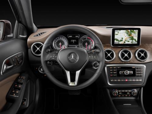 Mercedes-Benz GLA 2014: 'Hoàng tử' SUV cỡ nhỏ - 12