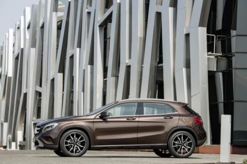 Mercedes-Benz GLA 2014: 'Hoàng tử' SUV cỡ nhỏ - 6