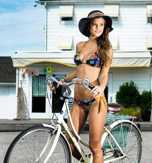 Bikini hai mảnh phô diễn nét đẹp phái nữ - 17