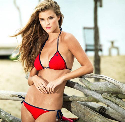 Bikini hai mảnh phô diễn nét đẹp phái nữ - 3