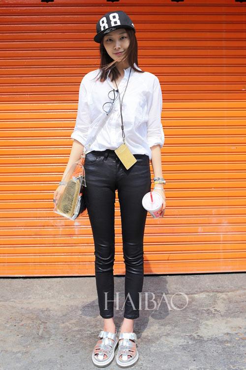 Chân dài quyến rũ trên đường phố Hàn - 16