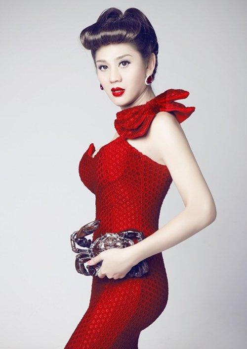 """3 phong cách """"ruột"""" của Lâm Chi Khanh - 13"""