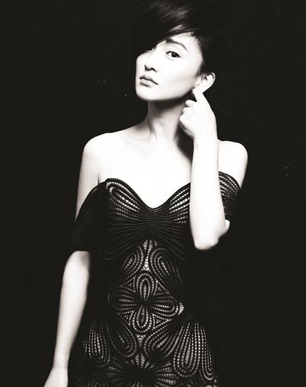 Châu Tấn: Tôi vẫn độc thân - 7